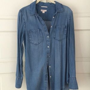 Chambray/Denim Button Down Shirt